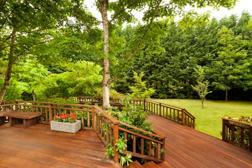 entretien bois extérieur, protection terrasse bois, traitement bois