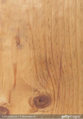 Il faut que votre bois soit propre, sec, sans cire ou vernis pour que le traitement soit efficace.