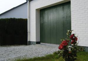 Porte de garage sectionnelle latérale