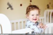 Lit à barreaux : jusqu'à quand doit-il rester dans la chambre de bébé ?